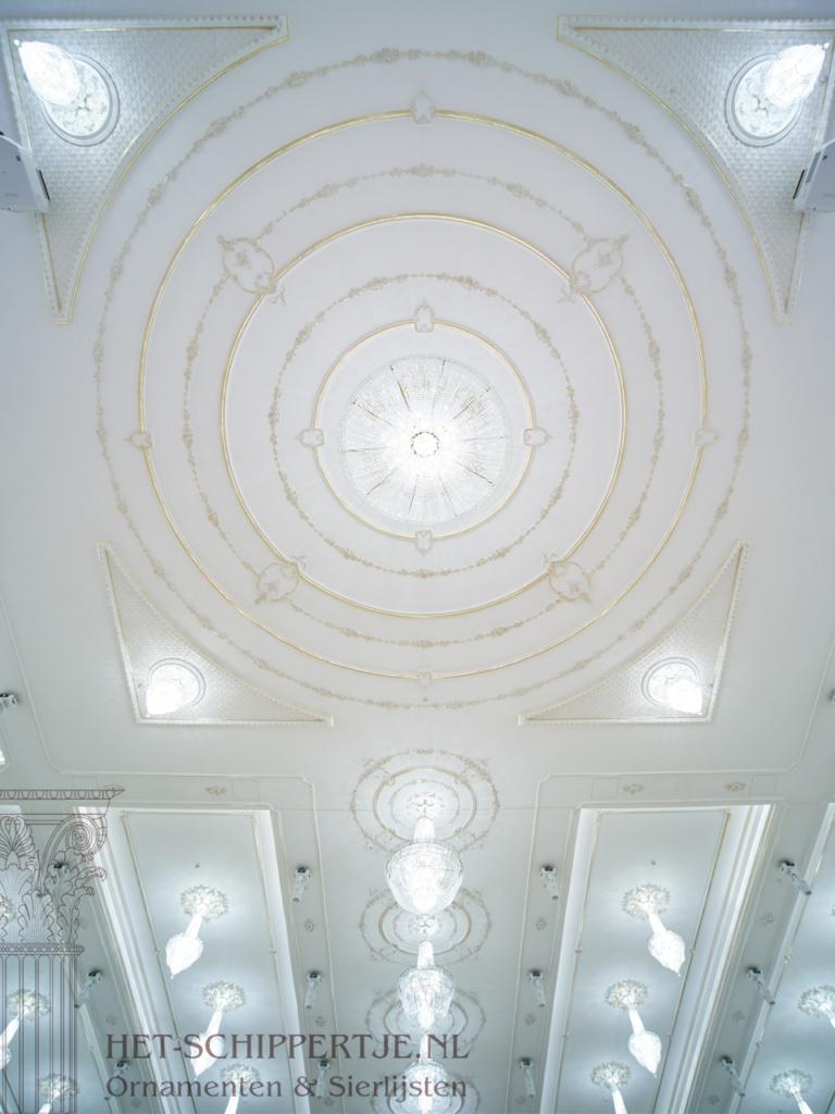 sierlijsten en wanddecoratie het paleis Schiedam