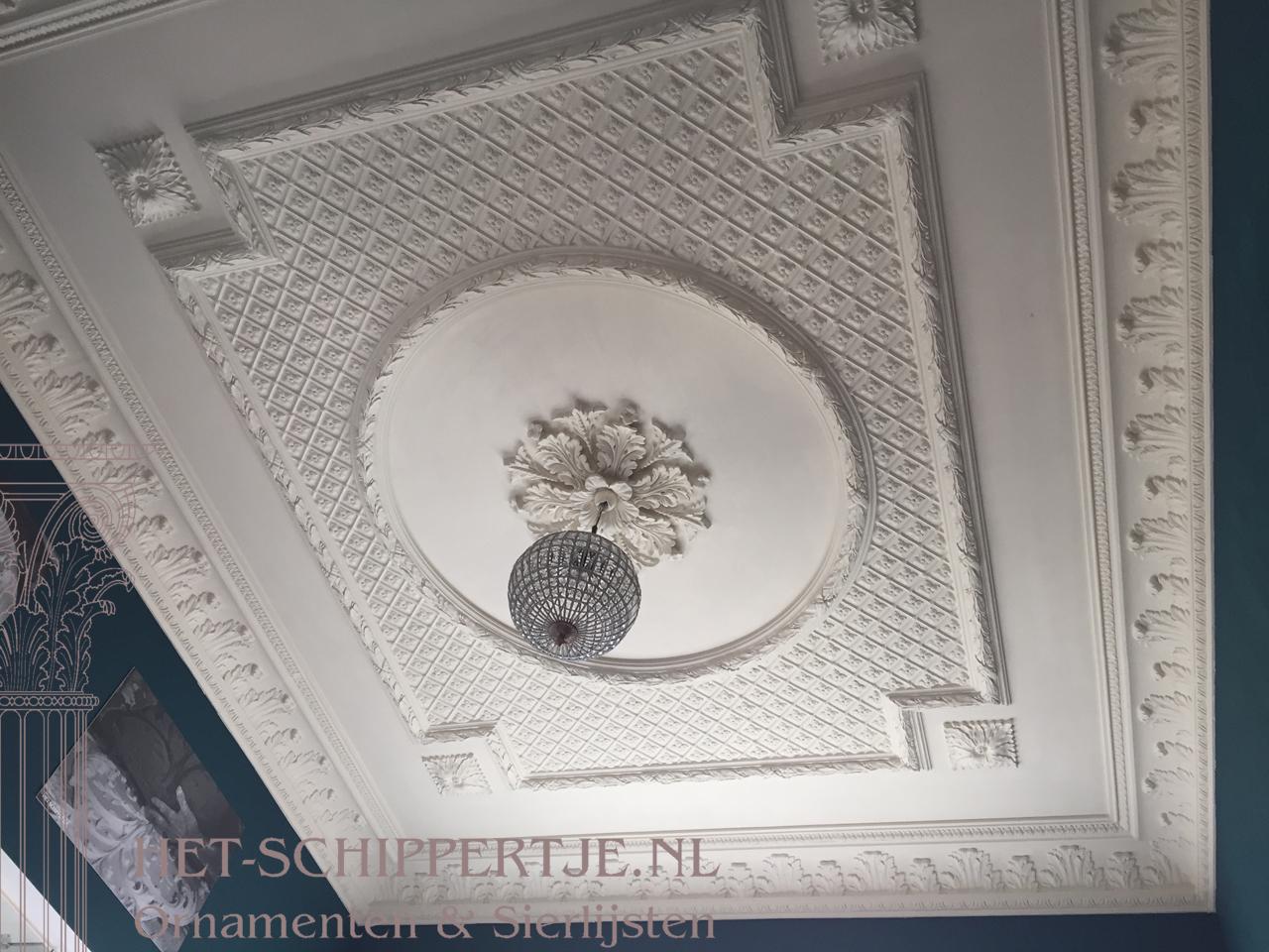 ornamentenplafond showroom